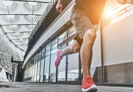 รองเท้าวิ่ง 2021