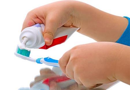 ยาสีฟันเด็ก ยี่ห้อไหนดี